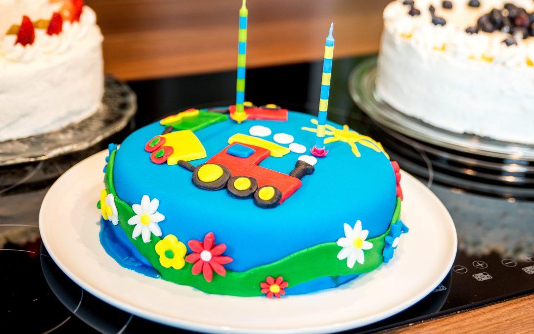 Resep Kue Ulang Tahun Anak dan Cara Menghias Agar Menarik